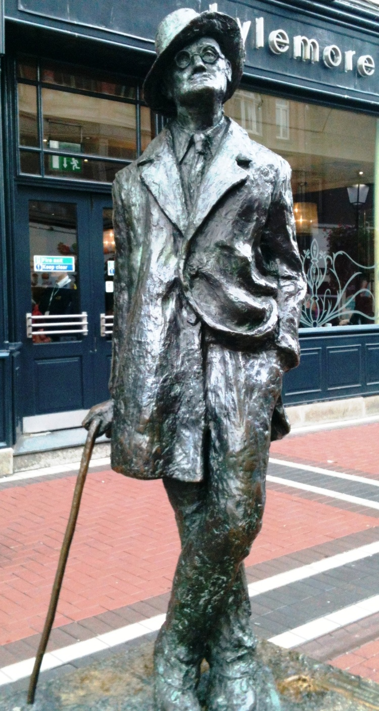 Statue of James Joyce, Dublin