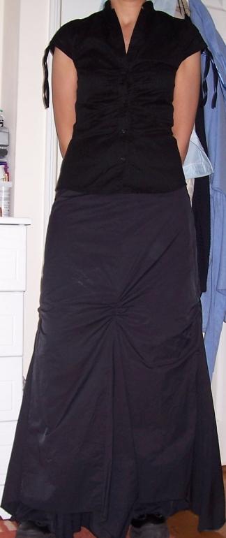 Thát black skirt!