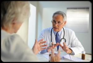 image patient speaking to doctor