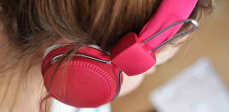Pink headset hearing