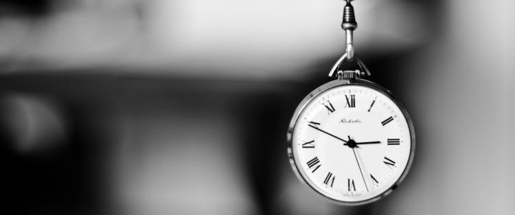 Dangling clock